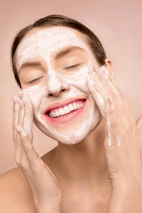 pelle secca viso cause