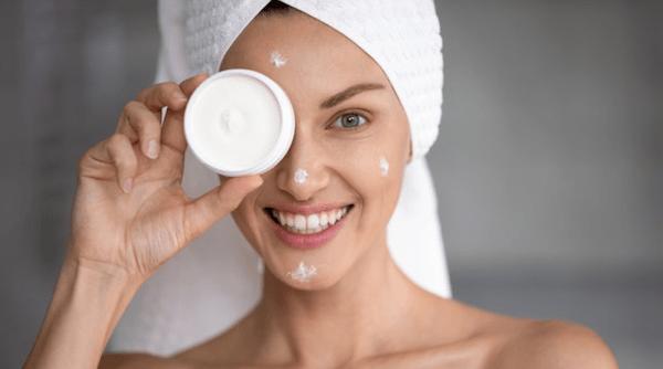 Addio pelle secca: 3 rimedi per prendertene cura